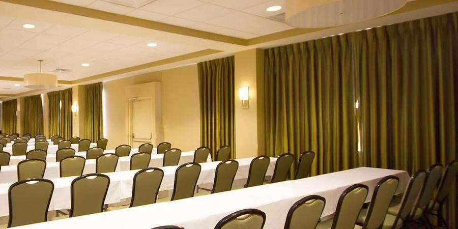 Holiday Inn Metairie New Orleans Airport wedding New Orleans