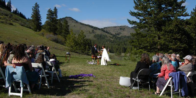 Skalitude Eco-Retreat wedding Everett