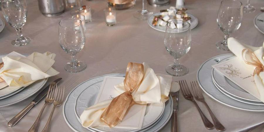 Carpe Diem Banquet Hall wedding Detroit