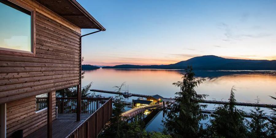 Salmon Falls Resort wedding Alaska