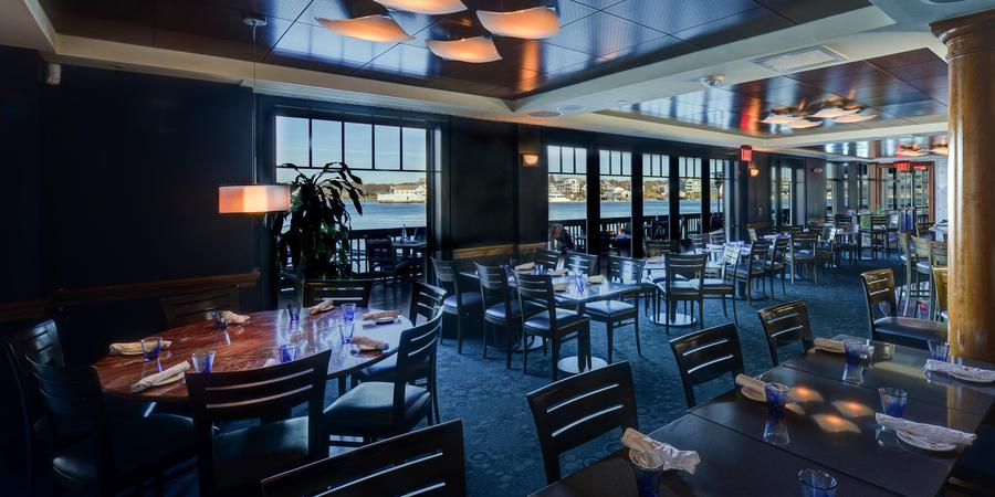 Martingale Wharf Restaurant wedding Merrimack