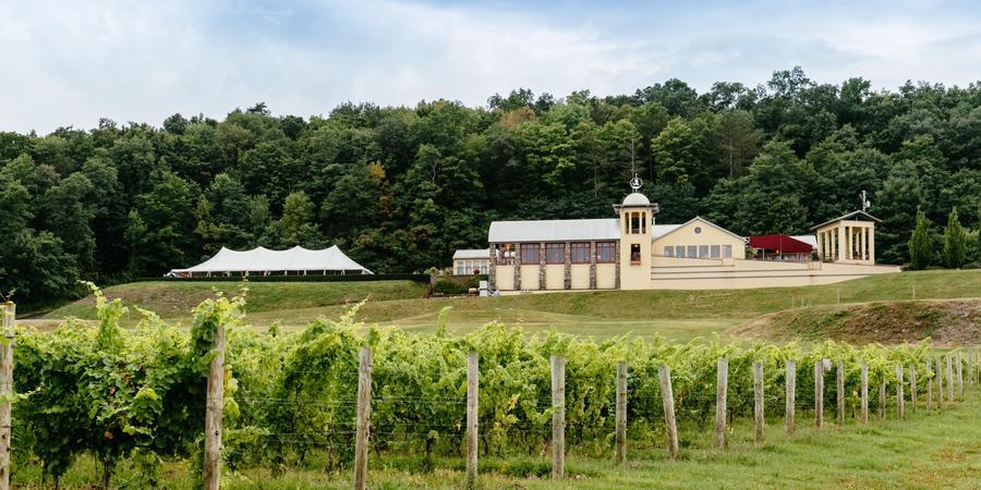 Heron Hill Winery wedding Finger Lakes