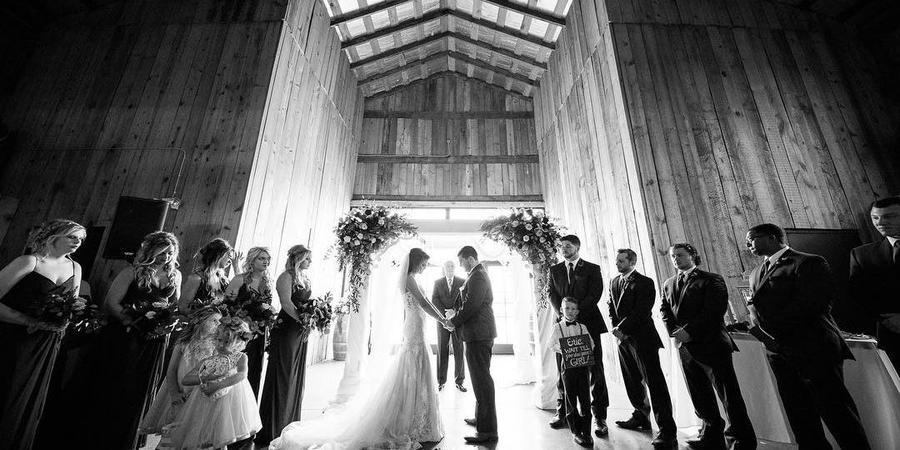 Talon Winery wedding Lexington