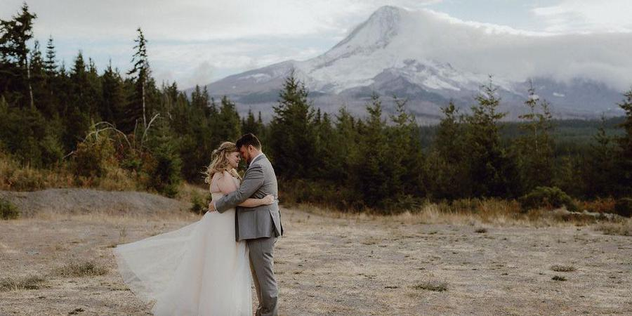 Cooper Spur Mountain Resort wedding Mt. Hood