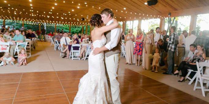 White's Wildwood Retreat wedding Eau Claire