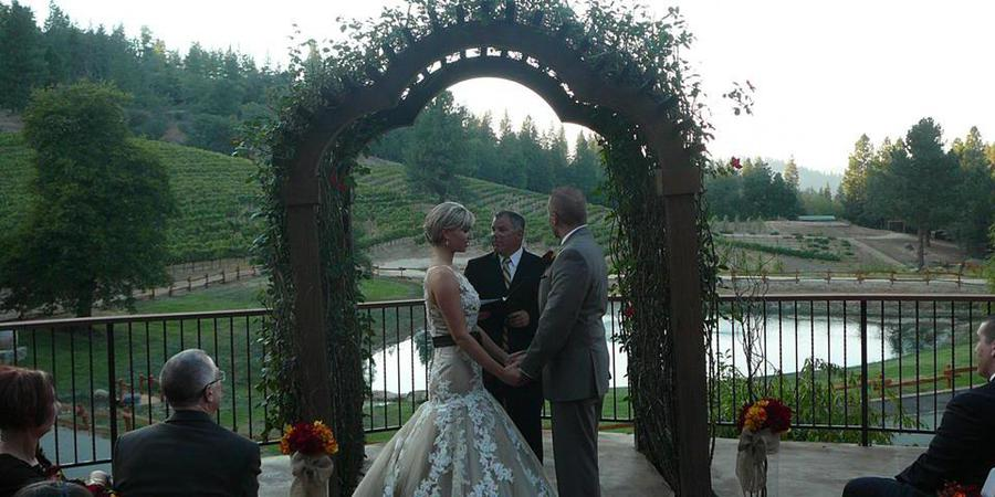 Saluti Cellars wedding Sacramento