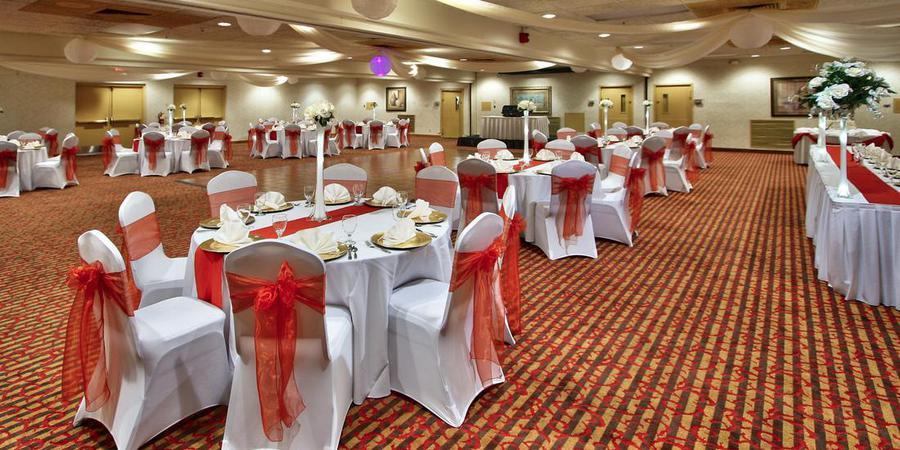 MCM Elegante Hotel & Event Center wedding New Mexico