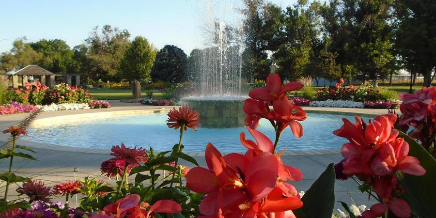 Eisenhower Park Rose Garden wedding Kansas City