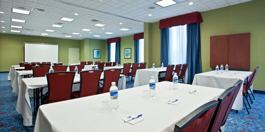 Holiday Inn Express in Akron South Green wedding Cleveland