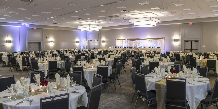 Holiday Inn Fargo wedding North Dakota