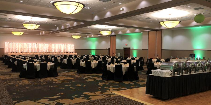Holiday Inn Hotel & Convention Center Stevens Point wedding Madison