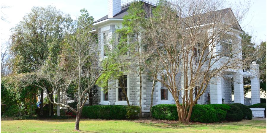 The Greystone Mansion wedding Southern Alabama