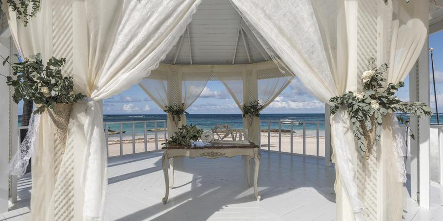 Ocean Blue & Sand wedding Dominican Republic