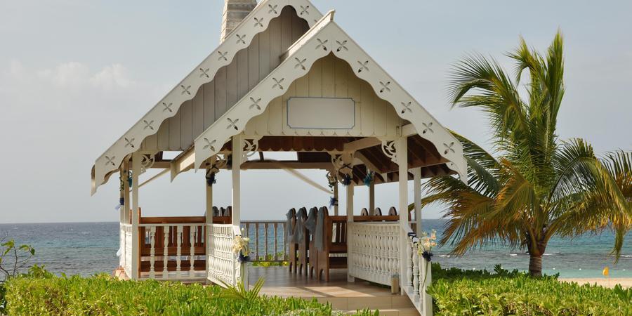 Jewel Runaway Bay Beach & Golf Resort wedding Jamaica