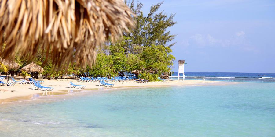 Luxury Bahia Principe Runaway Bay wedding Jamaica