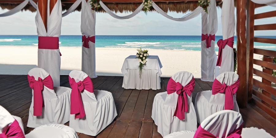 IBEROSTAR Cancun wedding Mexico