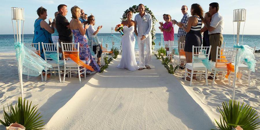 Tamarijn Aruba All Inclusive wedding Caribbean Islands