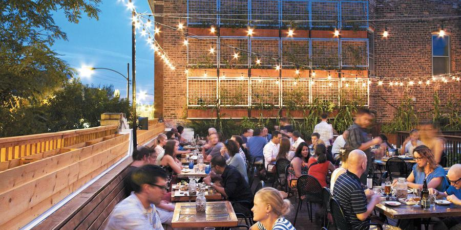 chicago rooftop roof homestead restaurants dining beer bars gardens outside rooftops venue deck patios village timeout venues dine eating east