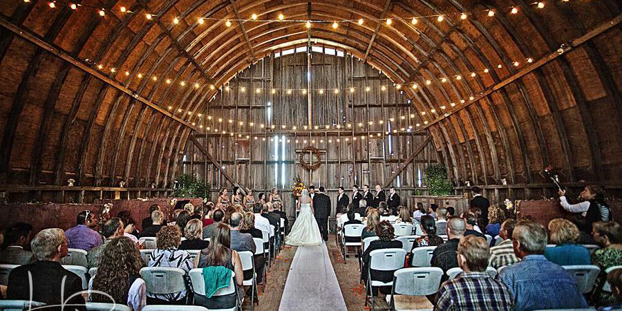 Barn at Allen Acres wedding Chicago