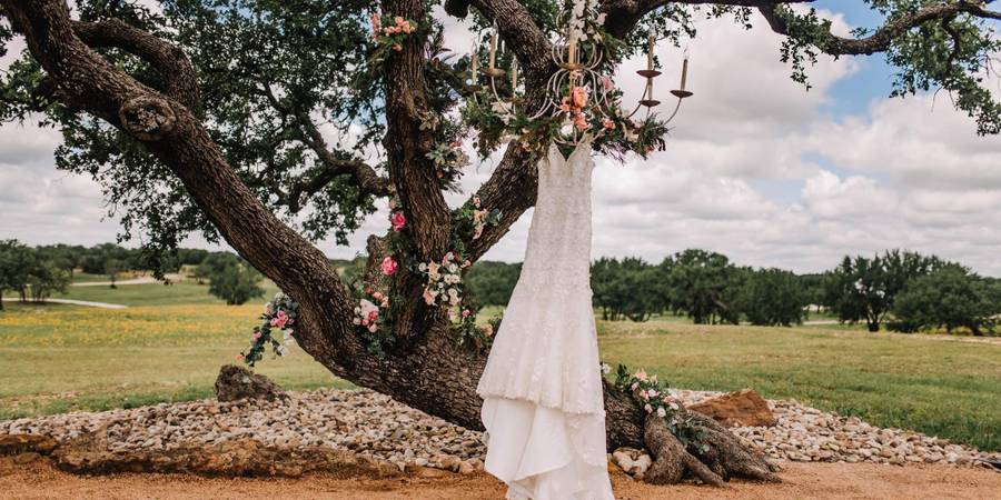 3 Springs Ranch wedding Hill Country