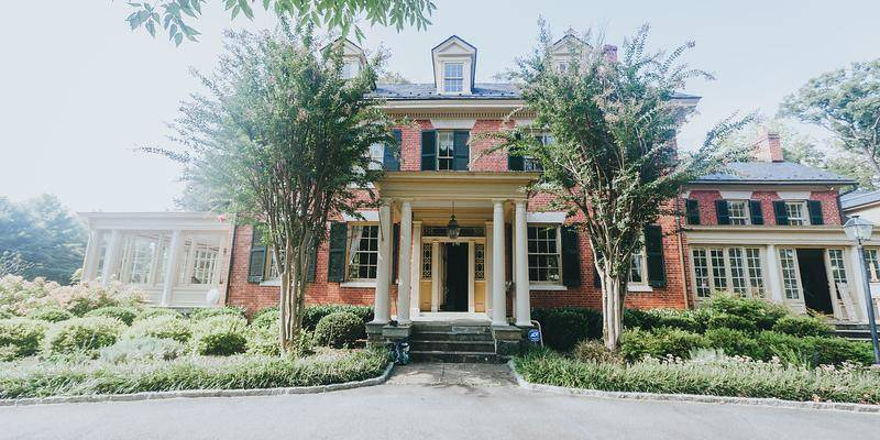 La Villa wedding Fredericksburg