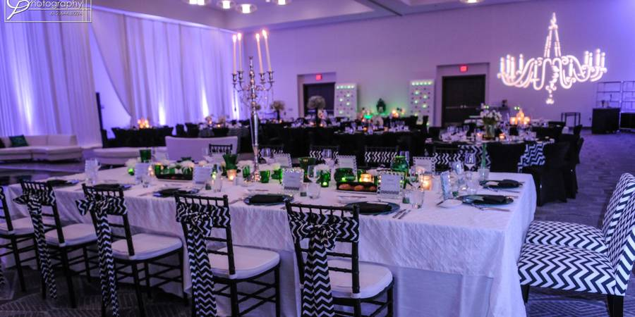 Radisson Blu Mall of America wedding Minnesota