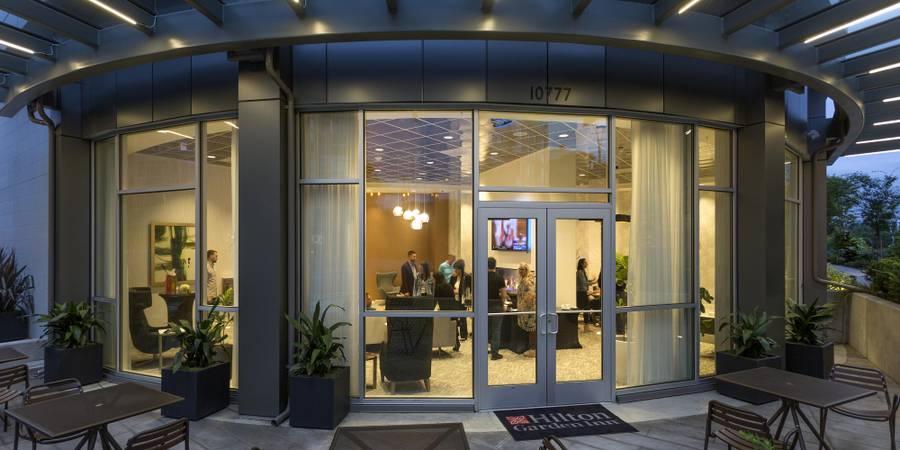 47 North Bar Bistro & Events Hilton Garden Inn Bellevue wedding Seattle