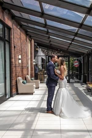 Delta Hotels Minneapolis Northeast wedding Minnesota