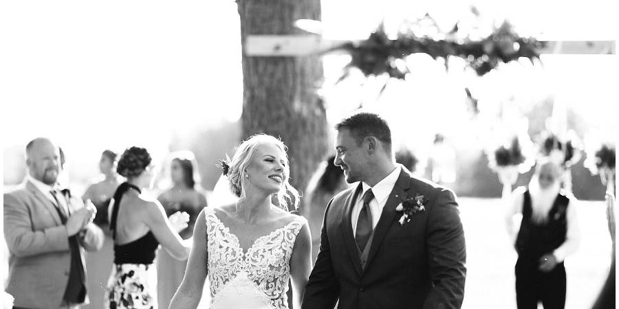 Southern Charm Barn Weddings | Get Prices for Wedding ...