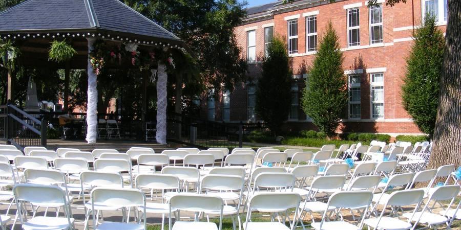 Gwinnett Historic Courthouse wedding Atlanta