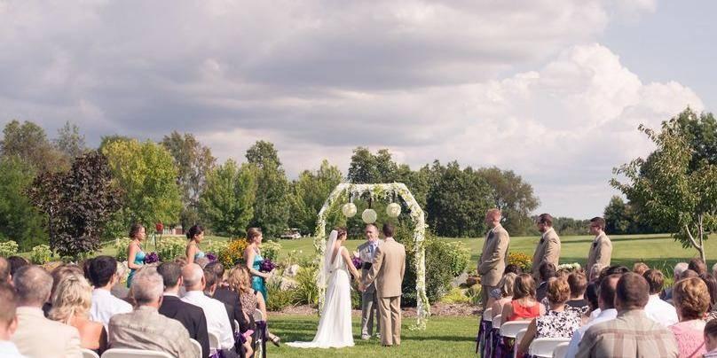 English Hills Event Center wedding Grand Rapids