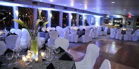 Yachts For All Seasons: Cloud 9 IV wedding Manhattan