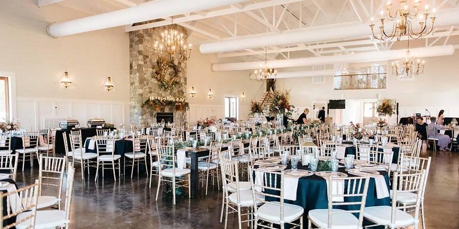 Tin Roof Farms wedding Columbia