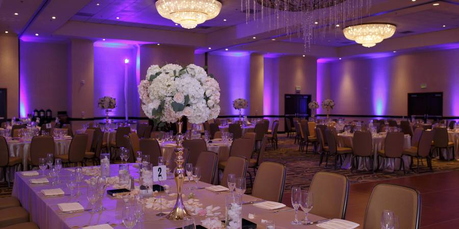 DoubleTree by Hilton Santa Ana/Orange County Airport wedding Orange County