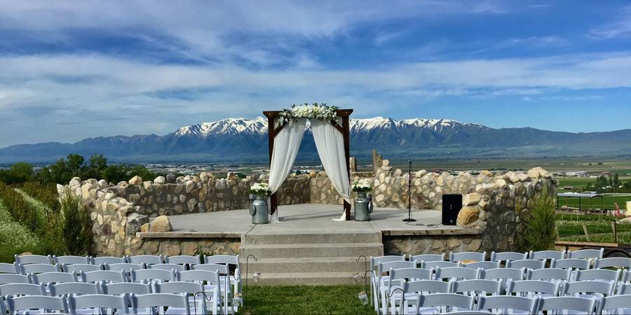 The Vineyards at Mt. Naomi Farms wedding Salt Lake City