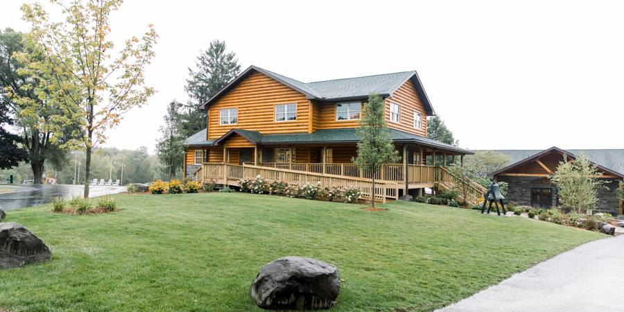 Trail's End Retreats wedding Lehigh Valley/Poconos