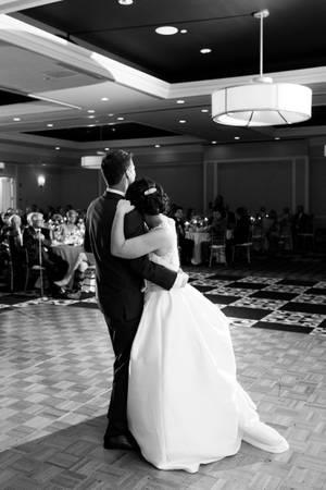 Graduate Iowa City wedding Des Moines