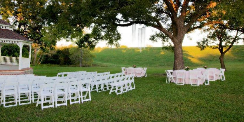 Willowood Ranch and Chapel wedding Dallas