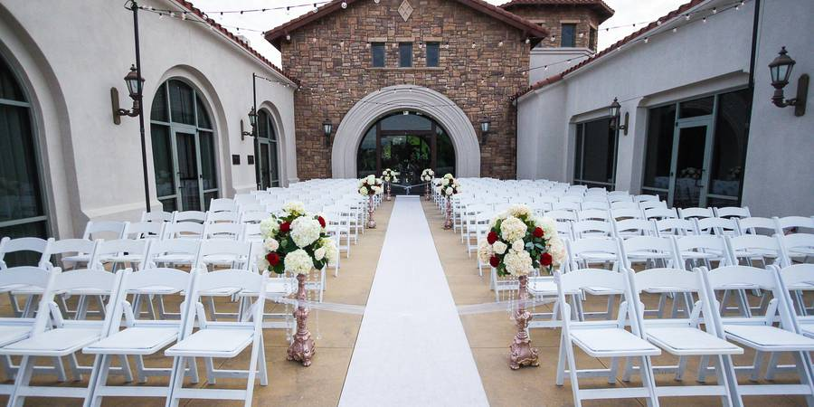 The Clubhouse at Anaheim Hills Golf Course wedding Orange County
