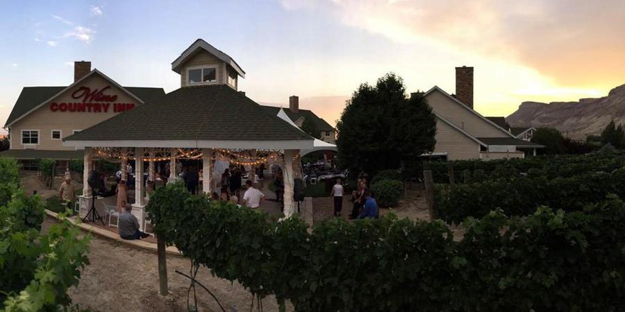 Colorado Wine Country Inn wedding Denver