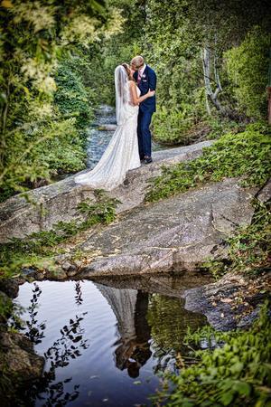 White Horse Inn River Terrace wedding Central Valley