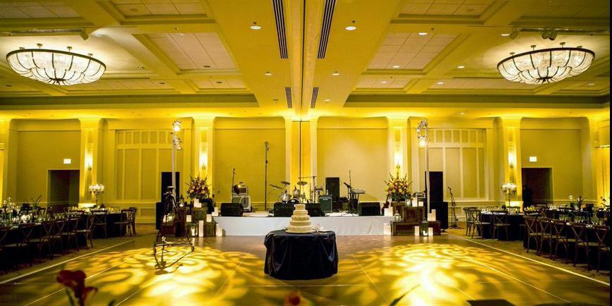Hilton Chicago/Oak Brook Hills Resort & Conference Center wedding Chicago