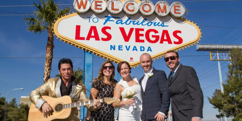 Welcome to Vegas Sign Weddings wedding Las Vegas