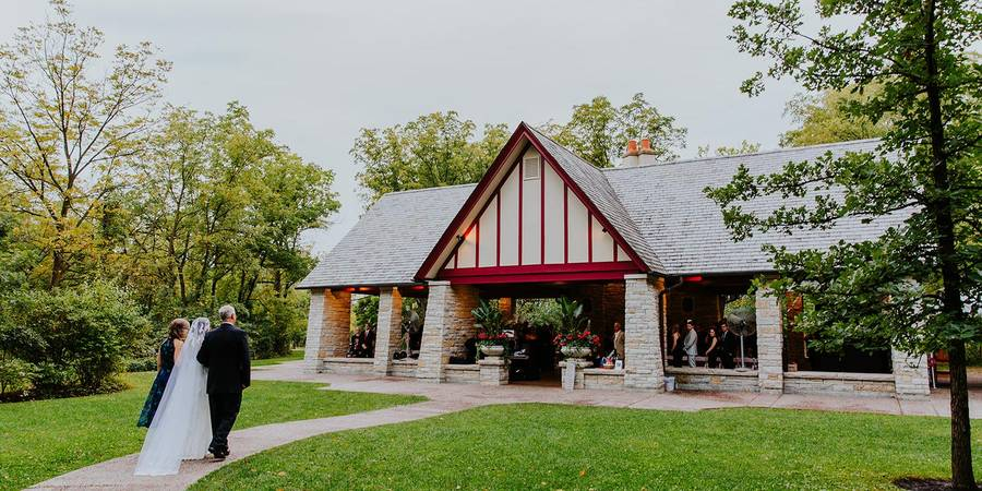 The Grove Redfield Estate wedding Chicago