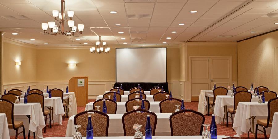 Holiday Inn Hotel & Suites Marlborough wedding Boston