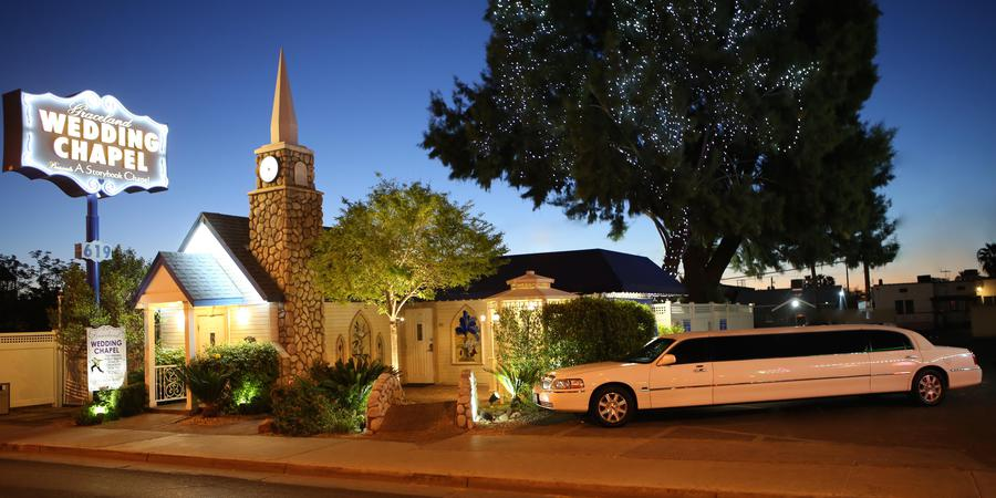 Graceland Storybook Wedding Chapel wedding Las Vegas