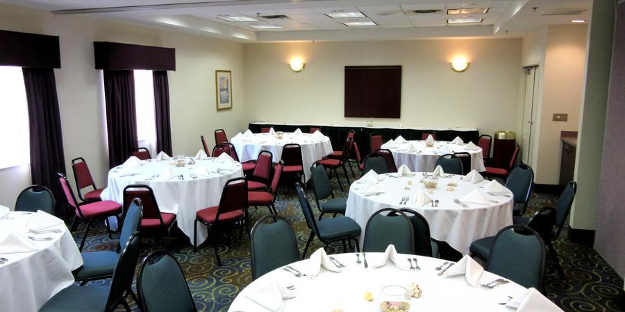 Quality Suites Lake Buena Vista wedding Orlando