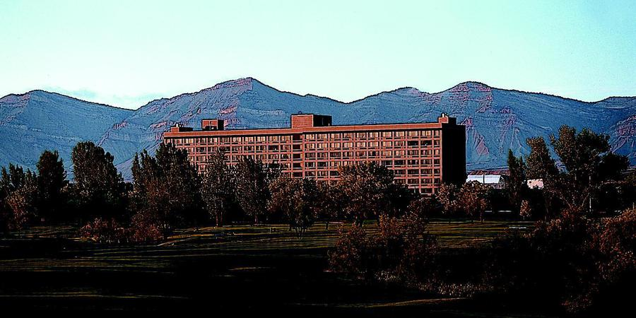 DoubleTree by Hilton Grand Junction wedding Aspen/Vail/High Rockies