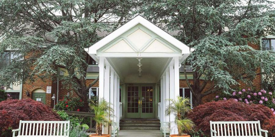 Southampton Inn Weddings Get Prices For Wedding Venues In Ny
