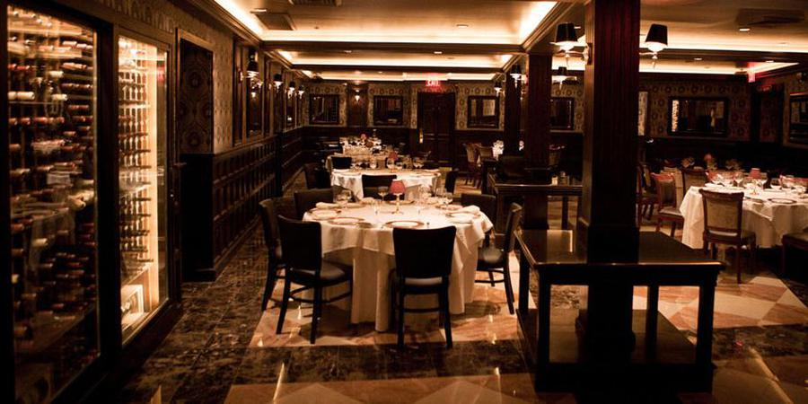 Delmonico's Restaurant wedding Manhattan